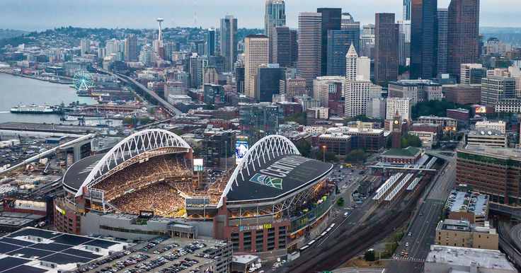 The Seahawks 2015 schedule features a franchise record five primetime games.
