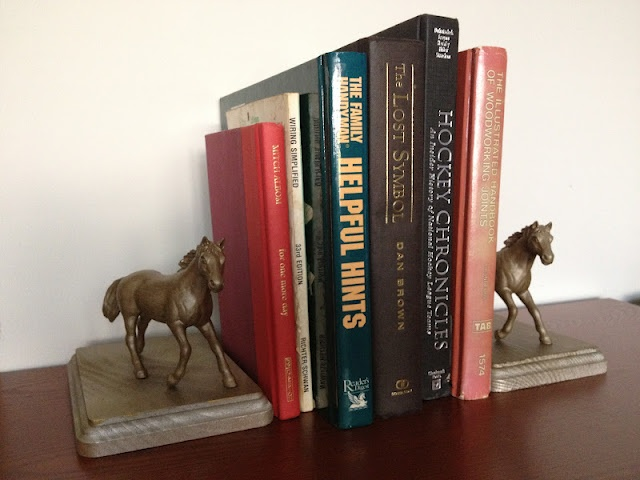 DIY  Bronzed Horse Bookends Easy Peasy from Plastic 29 best images on Pinterest Book holders and