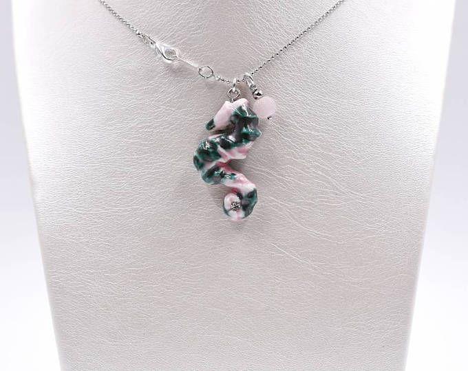 Collana cavalluccio marino ceramica rosa verde argento