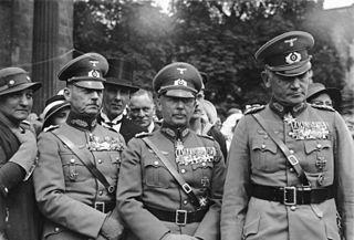 Bundesarchiv Bild 102-01817A, v. Rundstedt, v. Fritsch, v. Blomberg - Walther von Brauchitsch