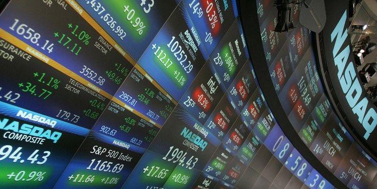 La borsa è il mercato in cui vengono emessi e negoziati valori mobiliari e valute estere. Conosciuta anche come mercato azionario, la borsa è una delle
