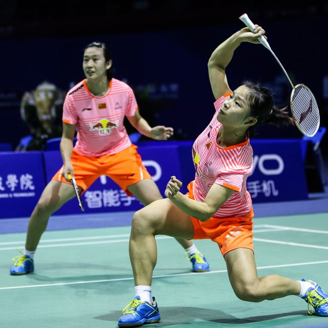 AUSTRALIAN OPEN UPSET VICTORY! Ma Jin and Tang Yuanting upset the #3 and #2 seeds to advance to the finals of the 2015 Australian Open where they met team mates Tian Qing and Tang Jinhua and prevailed for the GOLD and the glory! These girls play with our PRO MASTER Flame N50III badminton racket! Check it out at your local dealer or here at www.shopbadmintononline.com Be Bold | Aim Higher #MakeTheChange!