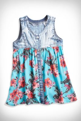 Girl's Clothing for sizes 2-6x: Shop tanks, tops, vests, denim, pants, shorts, skirts, dresses, sweaters, sweatshirts, jackets, outerwear, outfits, swimwear and more | guess kids