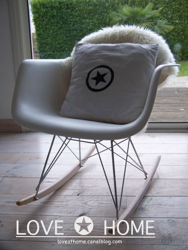 les 25 meilleures id es de la cat gorie chaise bascule eames sur pinterest rocking chair. Black Bedroom Furniture Sets. Home Design Ideas