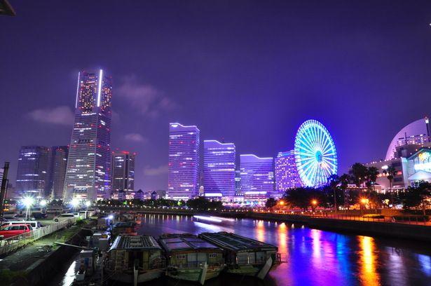 万国橋から見る横浜の夜景が美しい。万国橋の見所。