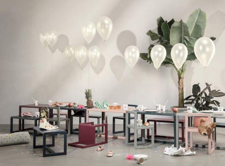 Skrivbord Little Architect ingår i en serie barnmöbler från Ferm Living. Möblerna i denna serie har ett enkelt och samtida formspråk och skapar förutsättningar för barn att uttrycka sin kreativitet.