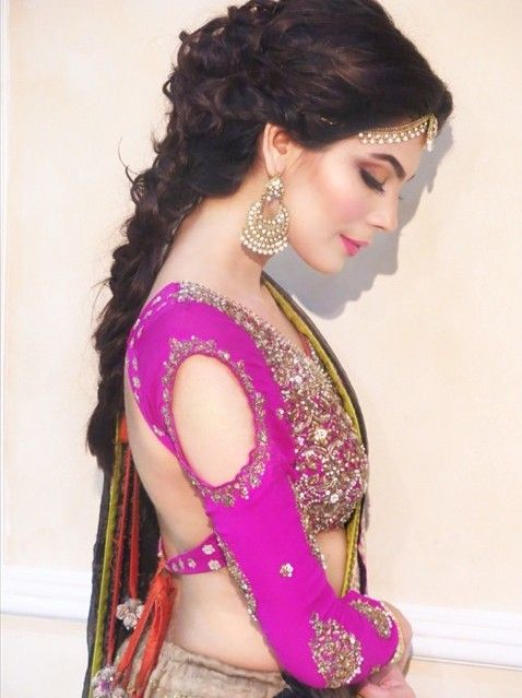 Gorgeous #Desi #Choli: Amna Babar in @sanasafinazoff http://www.SanaSafinaz.com/ <3