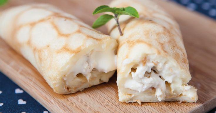 Gente! Vocês já conhecem a minha receita de pão de queijo de frigideira, né? Quem ainda não fez, não sabe o que está perdendo! Eu adoro essa receita e faço inúmeras variações de recheio, para comer…