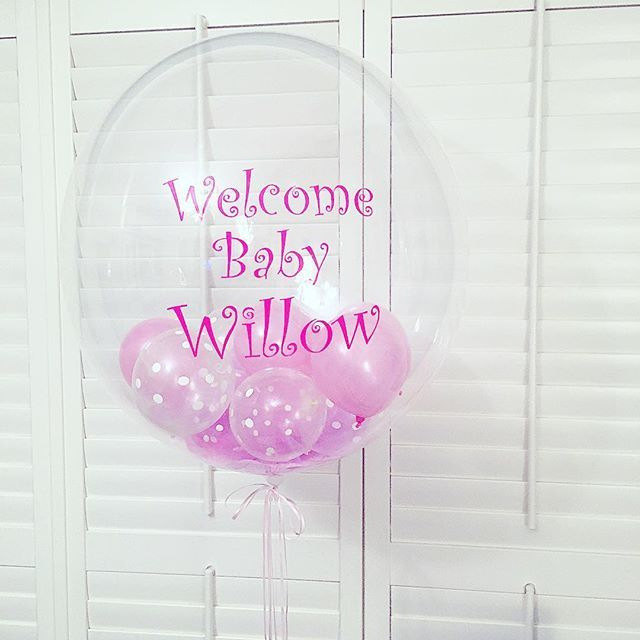 Personalised stuffed deco bubble balloon for a beautiful brand new baby girl 💖🎀👶🏻 #baby #newborn #welcometotheworld #itsagirl #decobubble #printedballoon #confettiballoons #personalised #balloon #balloonsuk #balloondecor #partydecor #party #partytime #londonparties  #londonballoons #theme #friday #funday