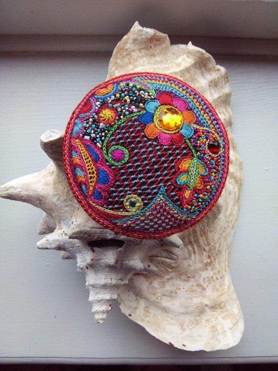 Items similar to large embroidered round pin glazik in silk thread on Etsy