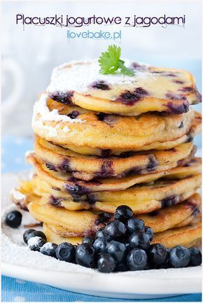 Blueberries yogurt pancakes/ Placuszki jogurtowe z jagodami ilovebake.pl #blueberries #pancakes