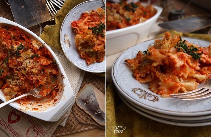 """Запеченные """"бабочки"""" в томатном соусе с сухариками"""