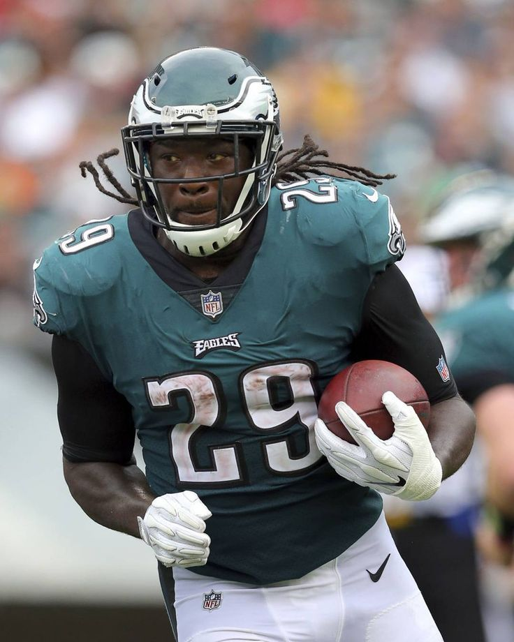 LeGarrette Blount's 390 rushing yards are the most by an Eagle through 6 games since LeSean McCoy in 2014 (422 yards).  #PhillyBleedGreen #FlyEaglesFly #PhiladelphiaEagles #eaglesfansonly #Eagles #birdgang  #bleedgreen #bleedinggreen #bleedgreennation #Philly #Philadelphia #FlyLikeAnEagle #NoPHLYZone #togetherwefly #flyhigh #PhillyEagles #EaglesNation  #phillyeagles #eaglesfan