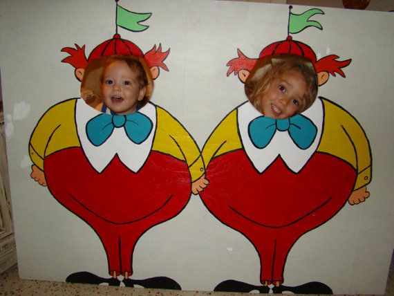 Tweedle Dee and Tweedle Dum Photo Prop Alice in by BlueGardenias
