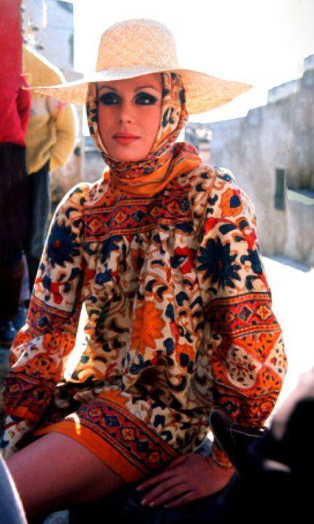 Joanne Lumley in Jean Muir 1970s Uploaded by user