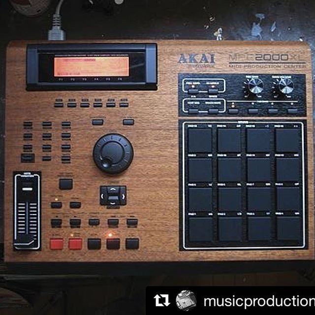 #Repost @musicproductioncenter ・・・ @ProducerGear and @cremacaffeshop will be releasing some sweet keychains of the legendary #mpc2000xl very soon.. stay tuned and shoot them a follow ☺️❤️