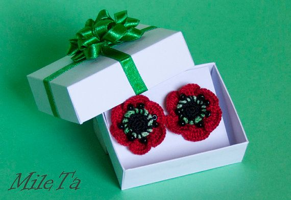 Crochet Earrings Red Poppy Flowers with Silver 925 Sticks by MileTa