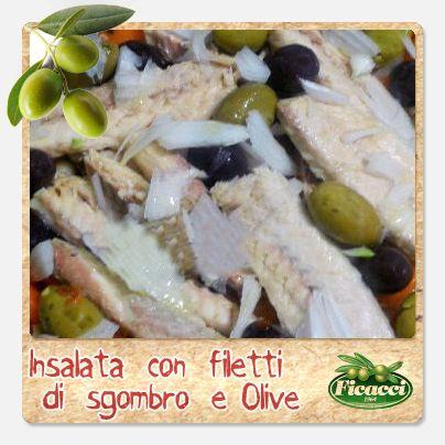 Filetti di sgombro e #olive... un' insalata fresca e originale! Un'idea della nostra blogger Mamma Anatina. Ingredienti: filetti di Sgombro, carote bollite affettate, fagioli cannellini cotti, cipolline novelle olive verdi condite, olive nere leccino condite, olio, origano e sale. Segui il procedimento su: http://www.ficacci.com/ricette-con-olive.asp?id=497&categoria=10&lingua=IT
