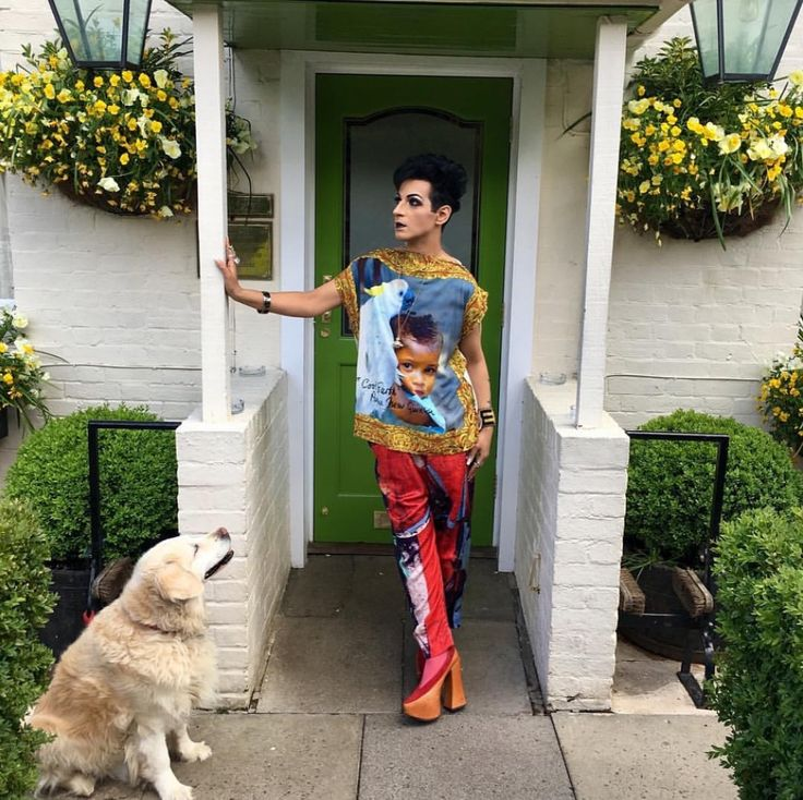 here with my gorgeous golden retriever Charlie,  in my Vivienne Westwood Gold label Union Jack trousers, daphne square tee, camel court shoes, Japan label socks , VW jewellery and accessories