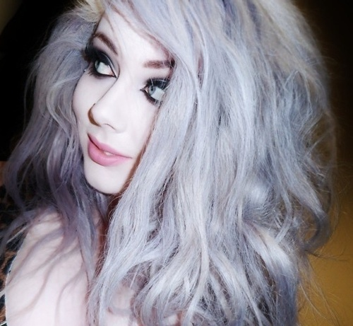 silver hair tum...