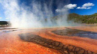 Projevy geotermální energie můžete v národním parku sledovat na každém kroku.