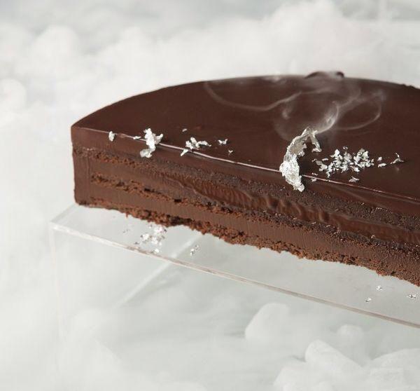Τούρτα σοκολάτα μπίτερ από τον Στέλιο Παρλιάρο