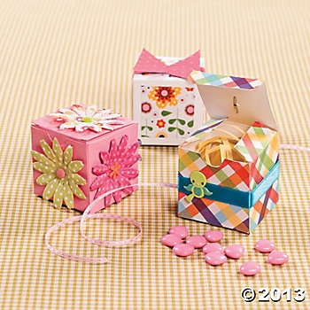 Scrapped paper boxes make for easy party favors!