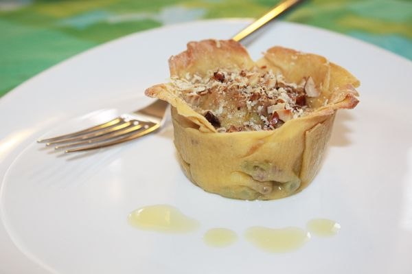 Lasagne monoporzione di ceci e farro con carne e piselli e crosticina golosa di parmigiano e nocciole - Lasagna cupcake