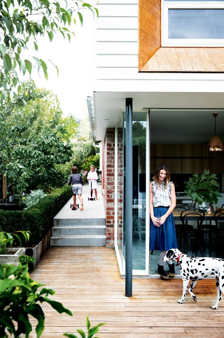 A weatherboard extension transforms a 50s brick house. Photography by Chris Warnes or Warnes and Walton. Styling by Natalie Walton. From the February 2017 issue of Inside Out Magazine. Available from newsagents, Zinio, https://au.zinio.com/magazine/Inside-Out-/pr-500646627/cat-cat1680012#/, Google Play, https://play.google.com/store/newsstand/details/Inside_Out?id=CAowu8qZAQ, Apple's Newsstand,https://play.google.com/store/newsstand/details/Inside_Out?id=CAowu8qZAQ, and Nook.