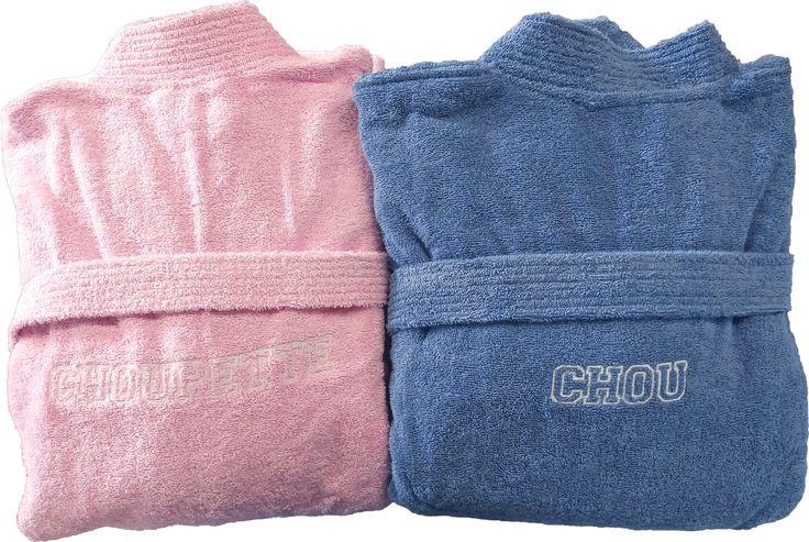 Peignoirs de bain personnalisés pour un couple amoureux : Chou et Choupinette réalisé par Brodeway.com #cadeaupersonnalisé #peignoirdebain