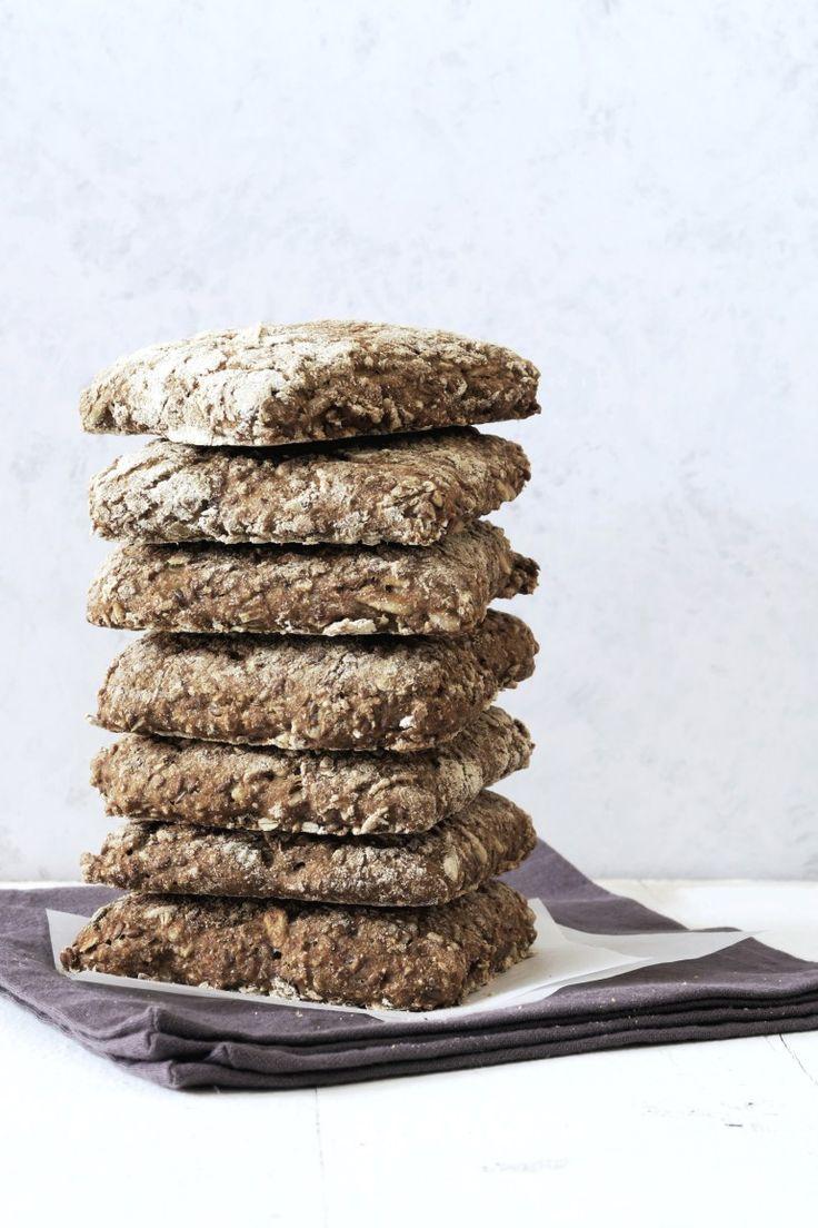 Madpakkebrød, rugbrødsboller, grove sandwhichbrød - perfekt til madpakken!
