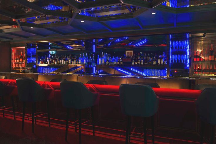 Современный интерьер ночного клуба Boujis в Гонконге
