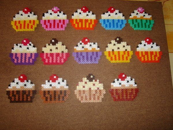 Cupcakes hama perler by zabicra