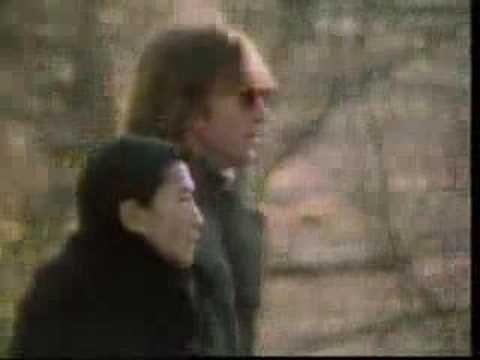 """O futuro só depende de você! : John Lennon """"Woman"""""""