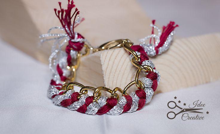 Bracciale con catena dorata e intrecci di filato rosso e argento. Fatto a mano. Per info contattami