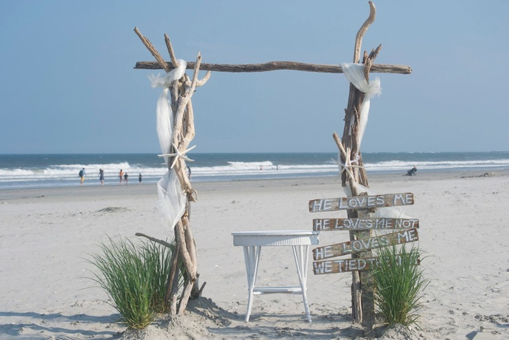 10 Images About Driftwood Wedding Arbors On Pinterest