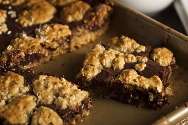 From The Cookie Crust To The Fudgy Centers, These Revel Bars Are Sure To Satisfy Your Sweet Tooth!