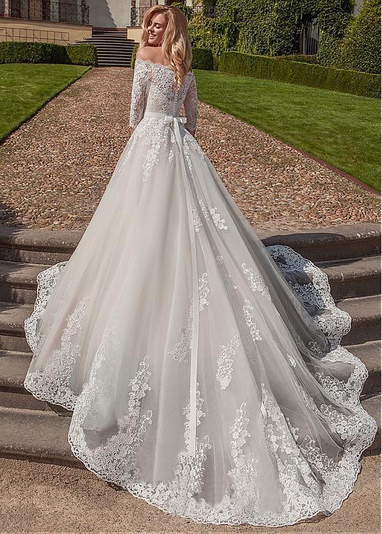 Buy discount Attractive Tulle Off-the-shoulder Neckline A-line Wedding Dresses W…
