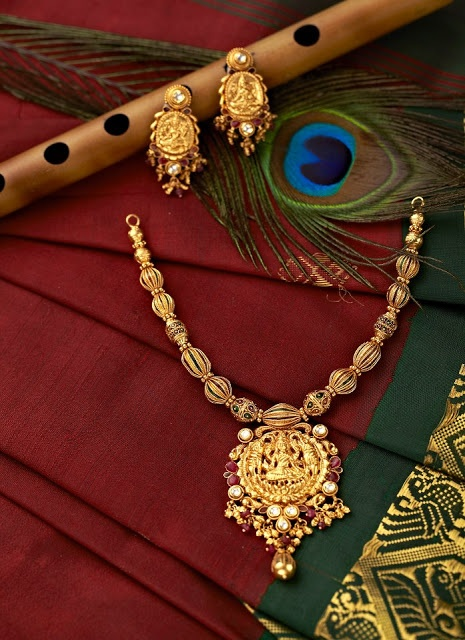 Indian Jewellery and Clothing: Divine temple jewellery from Lalitha jewellers..