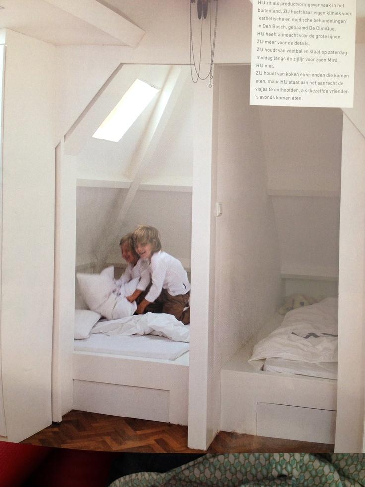 twee bedden naast elkaar