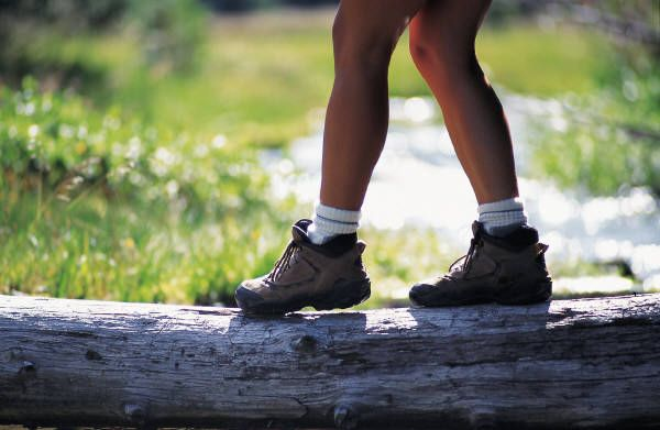 Hiking Tips for Women: What the books don't tell you!: