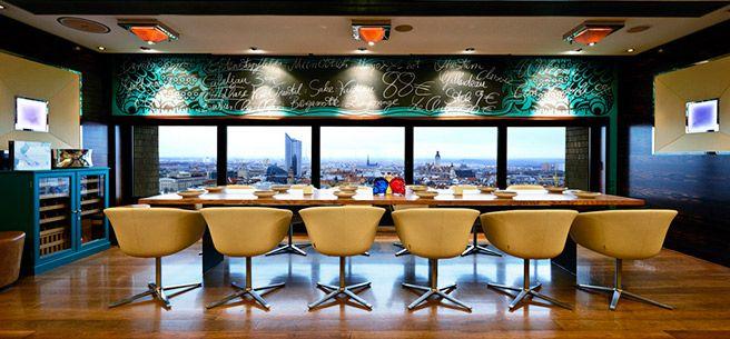 Falco Der! Tisch ©The Westin Leipzig Hotel, Ralf Müller