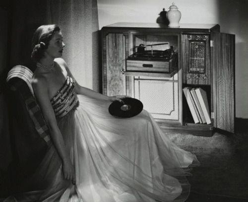 """susiesnapshot: """"Photo by Max Dupain, 1951. """""""