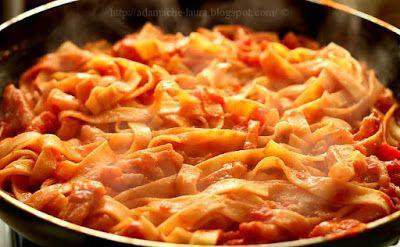 Receptek, és hasznos cikkek oldala: Sonkás sajtos tészta, jó sok szósszal! 20 perc alatt elkészül!
