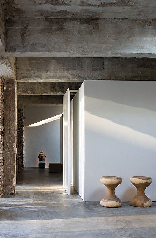 Image 25 of 26 from gallery of DUSSELDORF / Atelier d'Architecture Bruno Erpicum & Partners. Photograph by Jean-Luc Laloux
