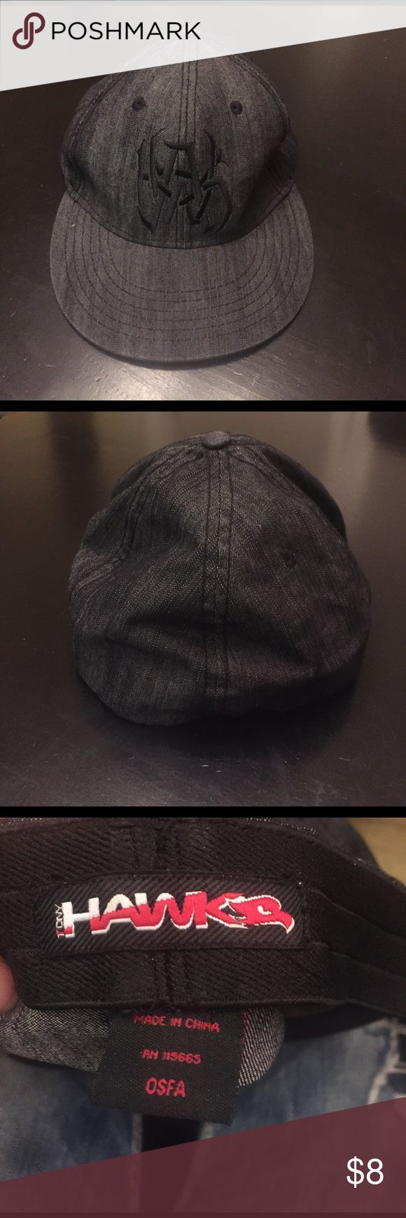Tony Hawk Hat Tony HAWK skateboarding hat, good condition! OS but this is meant for for a teenager or men size. Tony Hawk Accessories Hats