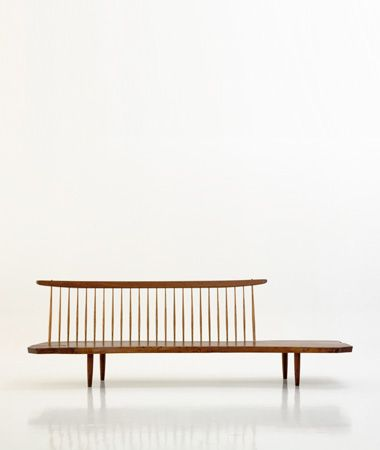 danish wood bench /// Get started on liberating your interior design at Decoraid (decoraid.com).