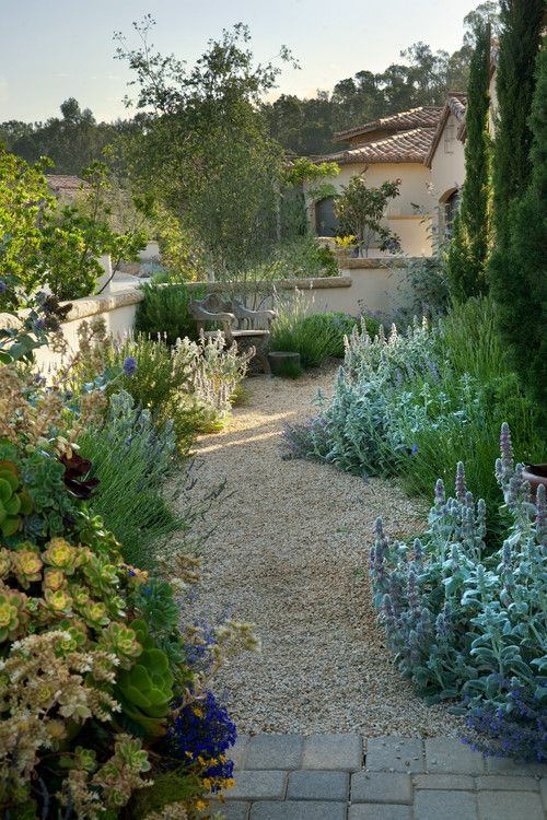 'The Bluffs.' Margie Grace - Grace Design Associates, landscape design/build firm, Santa Barbara, CA.
