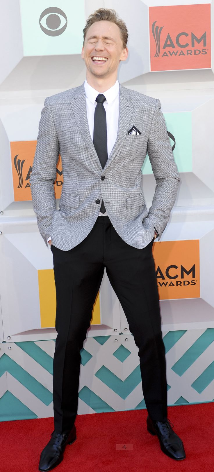 Tom Hiddleston @ the 51st Academy of Country Music Awards at MGM Grand Garden Arena in Las Vegas, Nevada 3.4.2016 From http://tw.weibo.com/torilla/3960488650267852