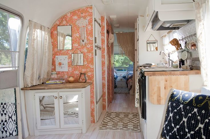 HOME & GARDEN: Une caravane rétro rénovée !